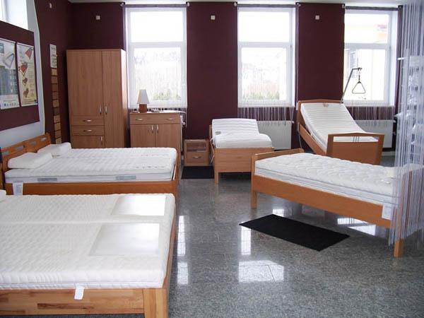 seniorenbetten bettenhaus relaxpro wasserbetten matratzen w rzburg kitzingen uffenheim. Black Bedroom Furniture Sets. Home Design Ideas